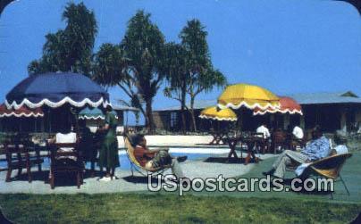 Maui Palms Hotel - Hawaii HI Postcard