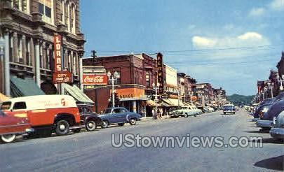 Main Street - Looking North - Cedar Falls, Iowa IA Postcard