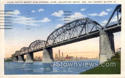 Union Pacific Bridge Over Missouri River - Council Bluffs, Iowa IA Postcard
