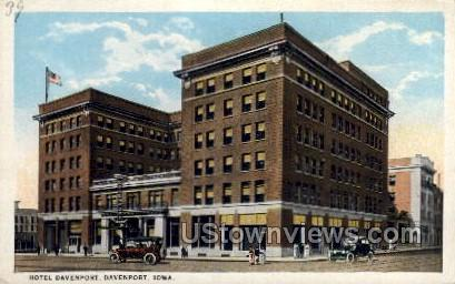 Hotel Davenport - Iowa IA Postcard