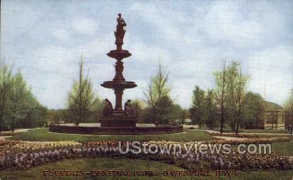 Fountain-Central Park - Davenport, Iowa IA Postcard
