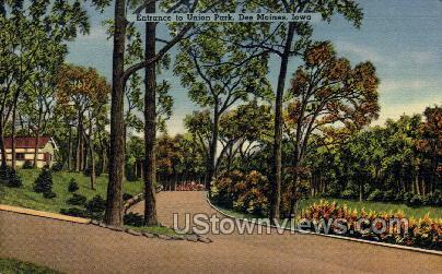 Entrance to Union Park - Des Moines, Iowa IA Postcard