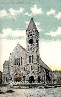 Catholic Church - Des Moines, Iowa IA Postcard
