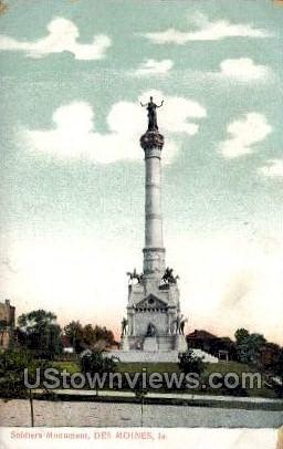 Soldirs' Monument - Des Moines, Iowa IA Postcard