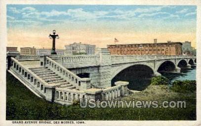 Grand Avenue Bridge - Des Moines, Iowa IA Postcard