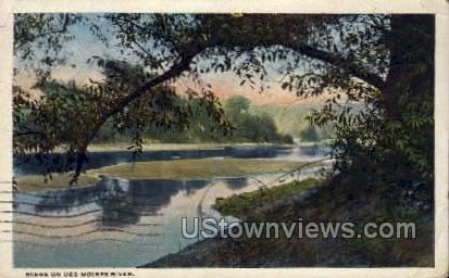 Scene on Des Moines River - Iowa IA Postcard