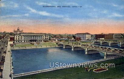 Riverfront - Des Moines, Iowa IA Postcard