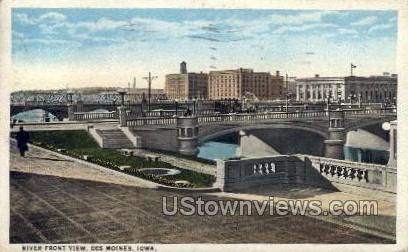 River Front View - Des Moines, Iowa IA Postcard