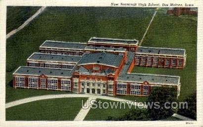 New Roosevelt High School - Des Moines, Iowa IA Postcard
