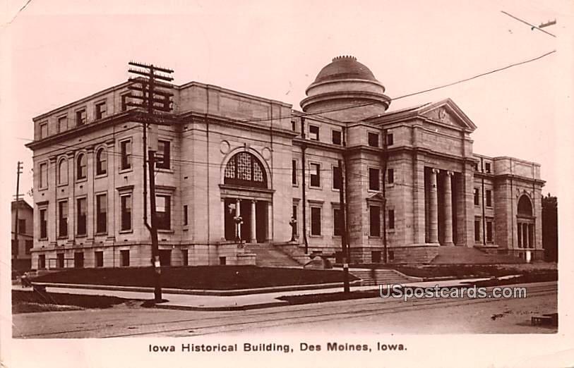 Iowa Historical Building - Des Moines Postcard