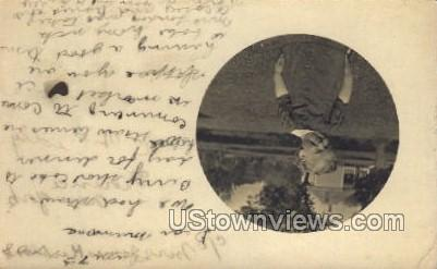 Young Child - Misc, Iowa IA Postcard