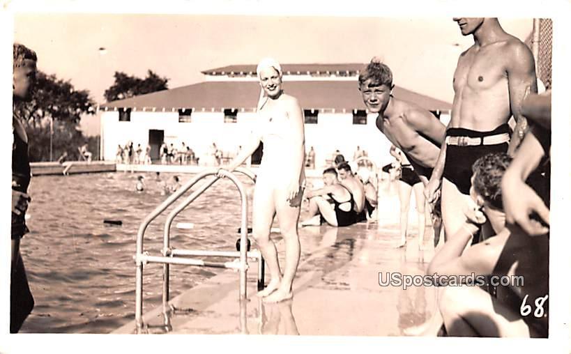 Swimming Pool - Misc, Iowa IA Postcard