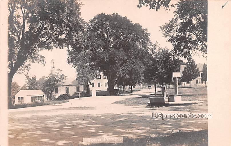 Town Pump - Misc, Iowa IA Postcard