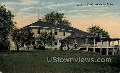 Country Club - Oskaloosa, Iowa IA Postcard