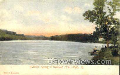 Wellings Spring and Orchard - Cedar Falls, Iowa IA Postcard