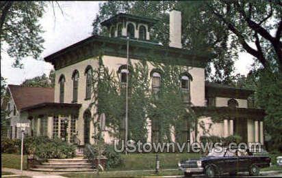Historical Society - Cedar Falls, Iowa IA Postcard