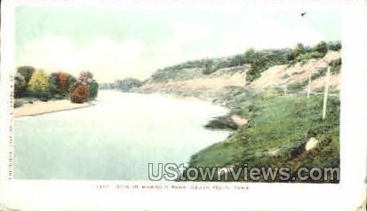 Rownd's park - Cedar Falls, Iowa IA Postcard