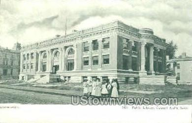 Public Library - Council Bluffs, Iowa IA Postcard