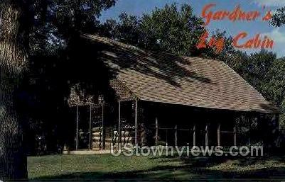 Gardner's Log Cabin, Arnolds Park - Lake Okoboji, Iowa IA Postcard