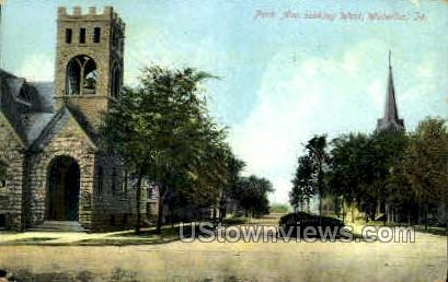 Park Avenue Looking West - Waterloo, Iowa IA Postcard