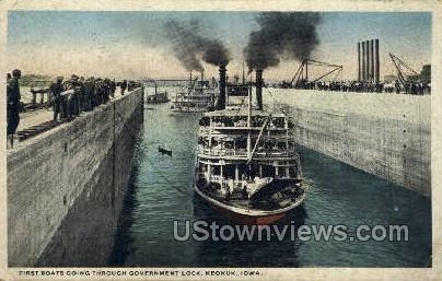 Government Lock - Keokuk, Iowa IA Postcard