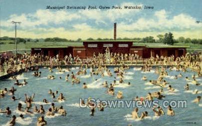 Municipal Swimming Pool - Waterloo, Iowa IA Postcard