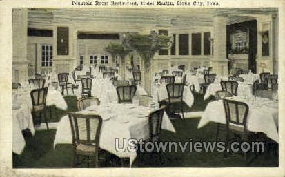 Fountain Room Restaurant - Sioux City, Iowa IA Postcard