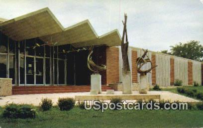 Rustic Building, Northern University of Iowa - Cedar Falls Postcard