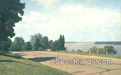 Beautiful Rand Park - Keokuk, Iowa IA Postcard