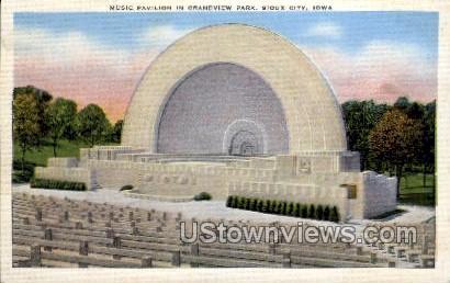 Music Pavilion in Grandview Park - Sioux City, Iowa IA Postcard