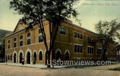 Auditorium - Sioux City, Iowa IA Postcard