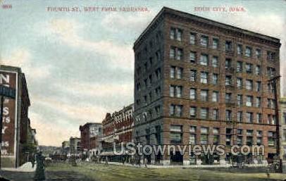 Fourth Street - Sioux City, Iowa IA Postcard