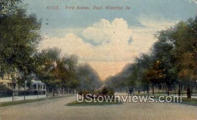Park Avenue, East - Waterloo, Iowa IA Postcard