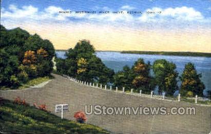Mississippi River Drive - Keokuk, Iowa IA Postcard