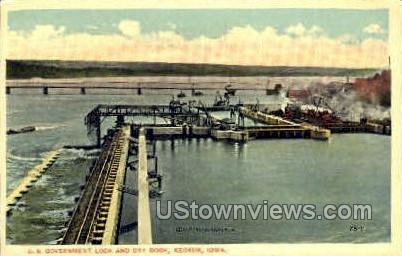 U.S. Government Lock & Dry - Keokuk, Iowa IA Postcard