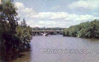 Washington Ave Bridge - Iowa Falls Postcards, Iowa IA Postcard