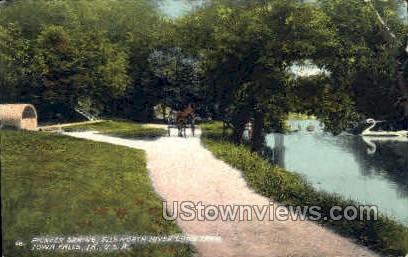Pioneer Spring - Iowa Falls Postcards, Iowa IA Postcard