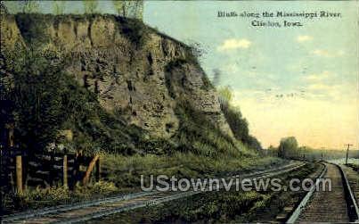 Bluffs along the Mississippi River - Clinton, Iowa IA Postcard