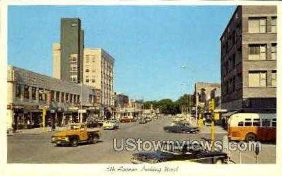 5th Avenue - Clinton, Iowa IA Postcard