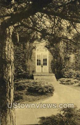 Briggs Hall Graceland College - Lamoni, Iowa IA Postcard