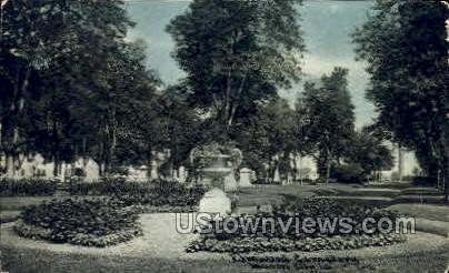 Elmwood Cemetery - Mason City, Iowa IA Postcard