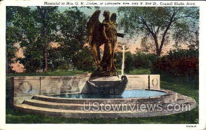 Mrs Dodge Memorial - Council Bluffs, Iowa IA Postcard