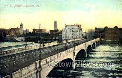 4th Street Bridge - Waterloo, Iowa IA Postcard