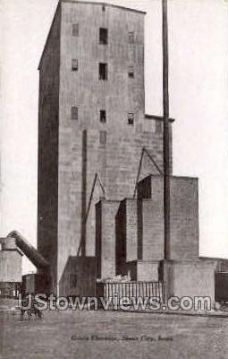 Grain Elevator - Sioux City, Iowa IA Postcard