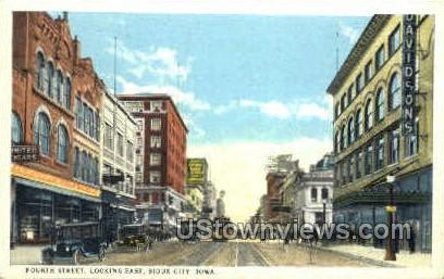 4th Street East - Sioux City, Iowa IA Postcard