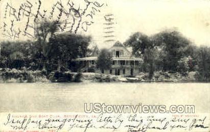 Council Oak Boat Club - Sioux City, Iowa IA Postcard