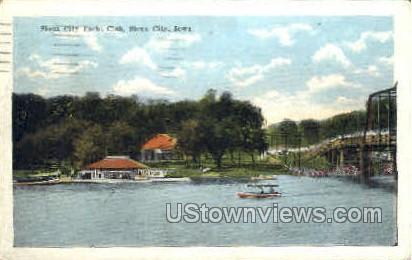 Yacht Club - Sioux City, Iowa IA Postcard