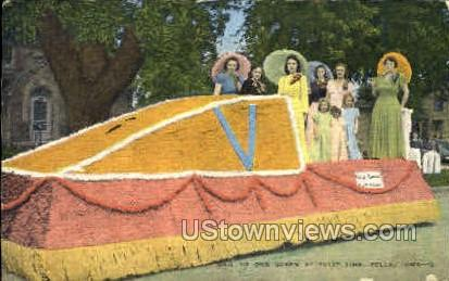Hail to our Queen - Pella, Iowa IA Postcard