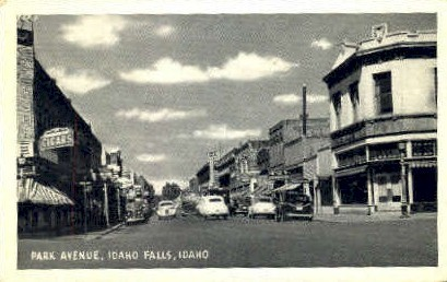 Park Ave. - Idaho Falls Postcards, Idaho ID Postcard