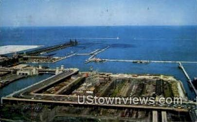Link Bridge and Lake Front - Chicago, Illinois IL Postcard